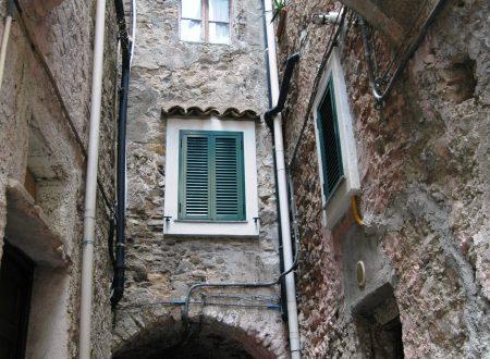 Vallecrosia (IM) – centro storico di Vallecrosia Alta