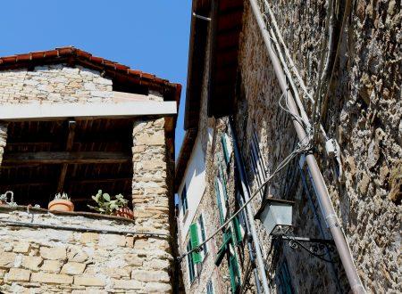 Apricale (IM): Via San Bartolomeo