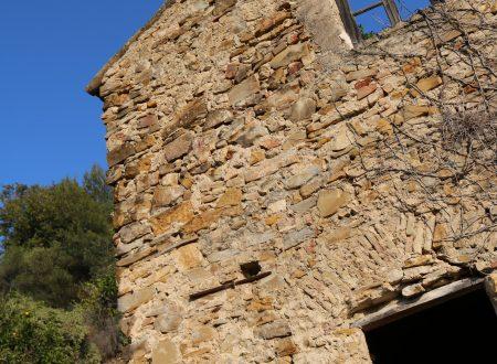 Bordighera (IM): un rustico in Località Passarina